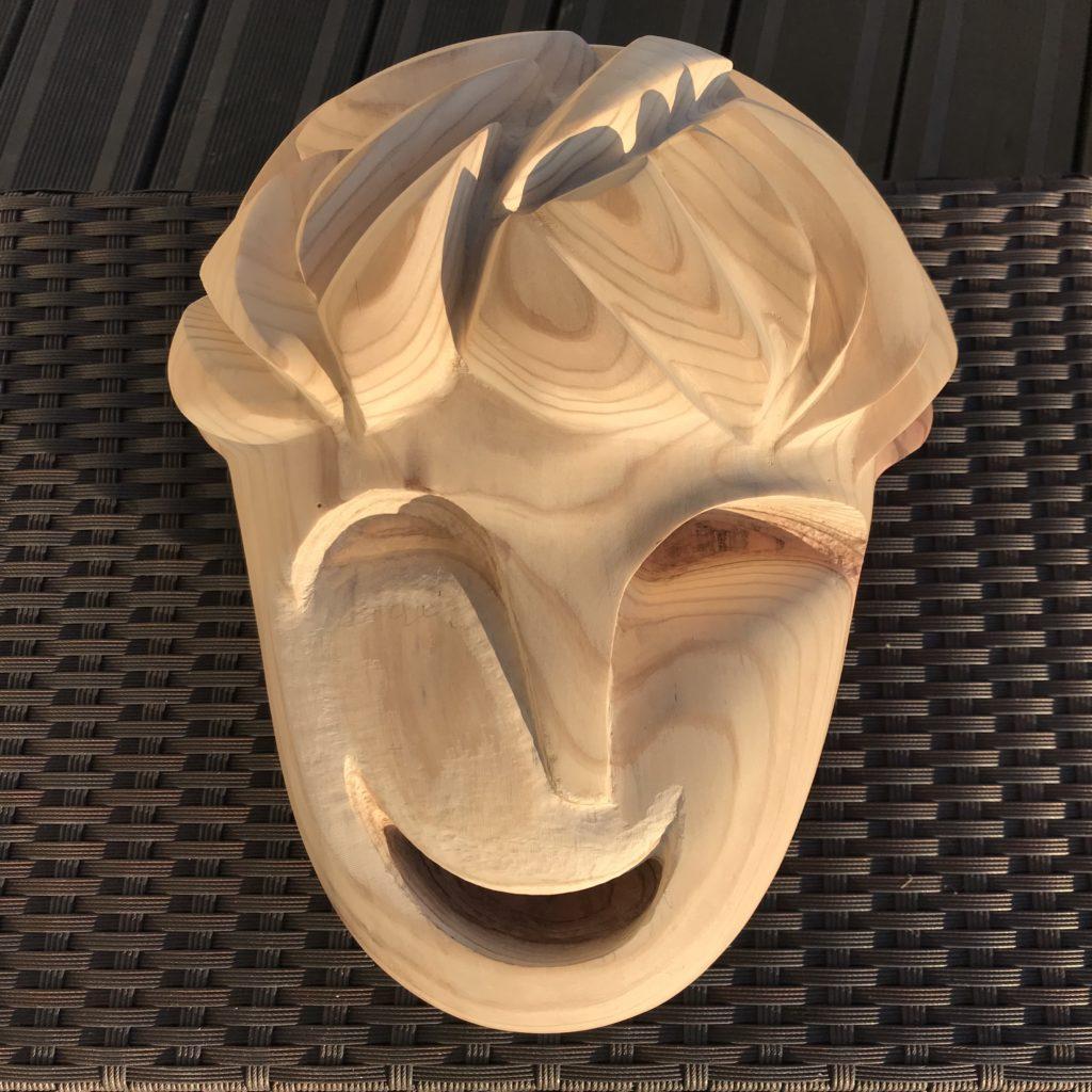 pierrick-gandolfo-sculpteur-sculpture-rouen-houppeville-creation-bois-artiste-creation-fou-du-roi-7